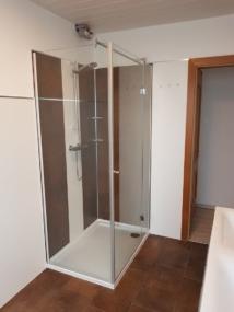 nachher Dusche mit Drehtür aus Glas