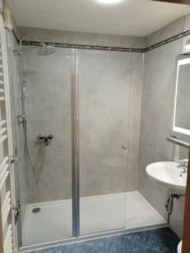 nachher Dusche mit Pendeltür