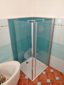 nachher Dusche mit Glaswand in Ral Farbe