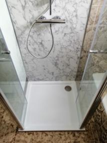 nachher Dusche mit Doppelpendeltür