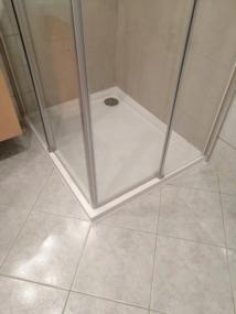 nachher Duschetasse mit Schiebetüren